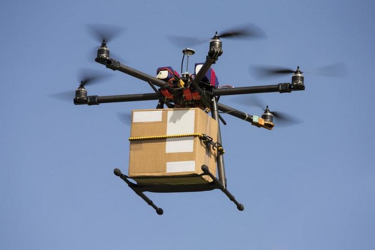 Франция стала первой страной, использующей дроны для доставки почты