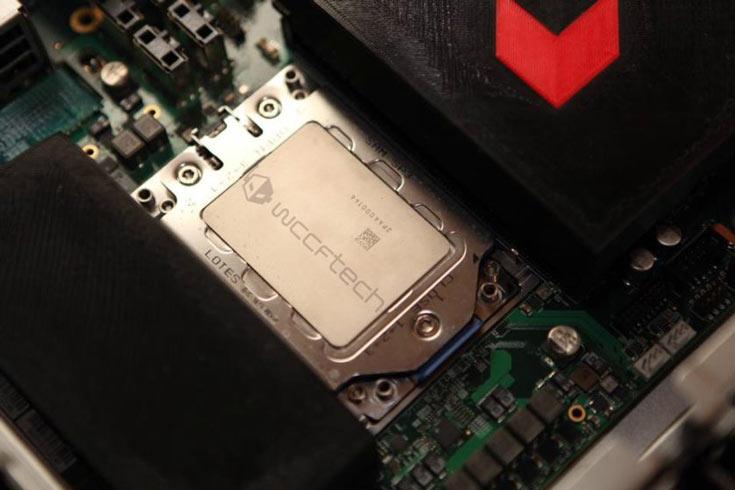 Процессоры AMD Zen (Naples) упакованы в корпуса типа LGA