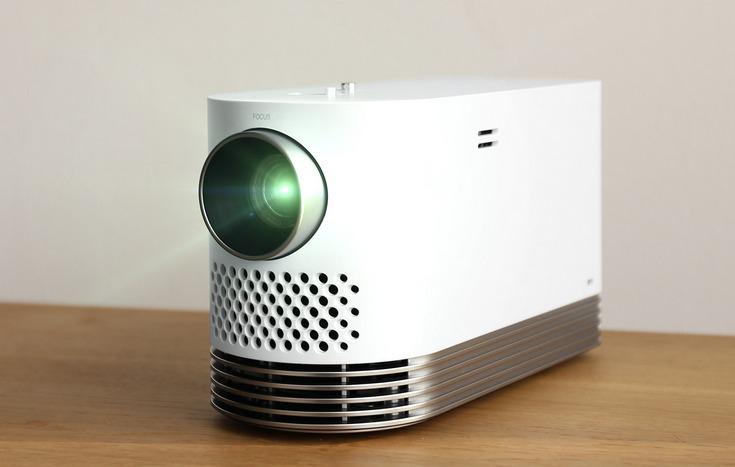 LG ProBeam — двухкилограммовый лазерный проектор с разрешением Full HD и высокой яркостью