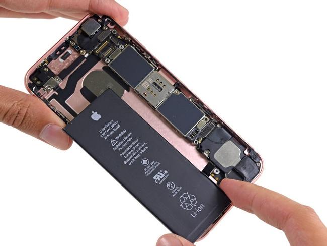 Apple пояснила проблемы спроданными в КНР iPhone 6S недостатком аккамуляторных батарей