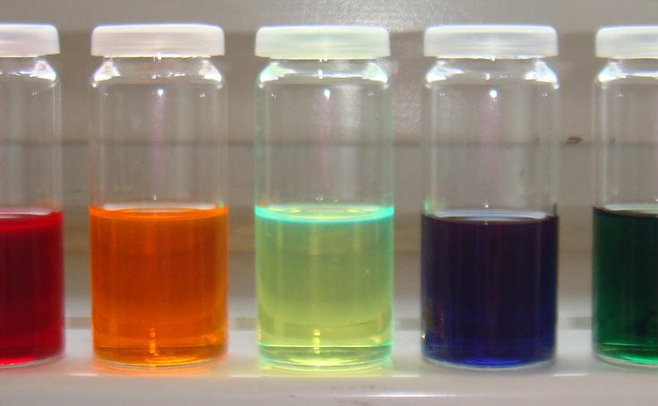 Специалисты NTU и NTHU создали органические светодиоды, работающие в ближней инфракрасной области с рекордной эффективностью
