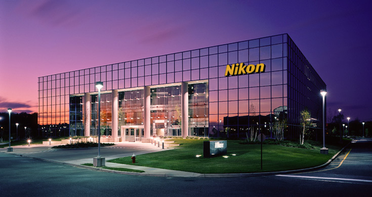 За три месяца Nikon удалось продать всего одну новую литографическую систему для полупроводникового производства