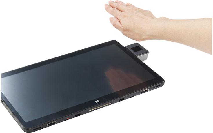 Опционально Fujitsu Stylistic Q736 поддерживает карты SmartCard и бесконтактные технологии нового поколения