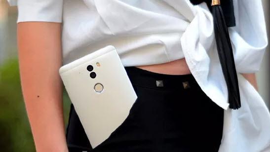 Смартфон Qiku 360 получил 4 ГБ оперативной, 128 ГБ флэш-памяти и сдвоенную камеру