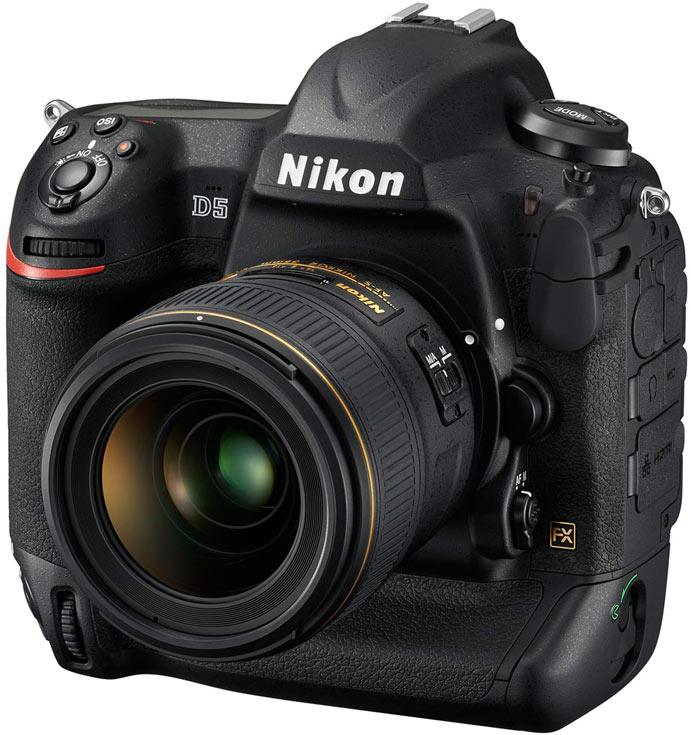 Камера Nikon D5
