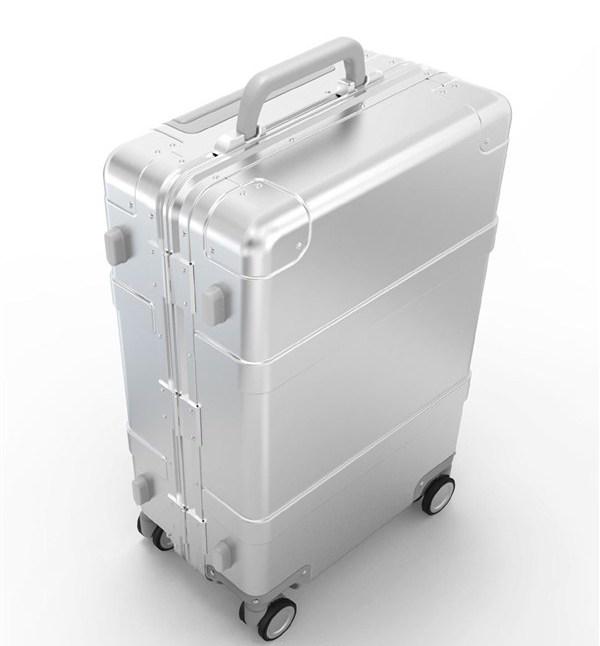 Умный чемодан Xiaomi 90 Minutes Smart Suitcase оценен в $307