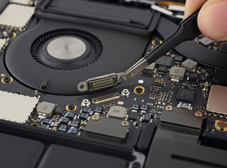 Apple MacBook Pro с панелью Touch Bar заработал у iFixit всего один балл