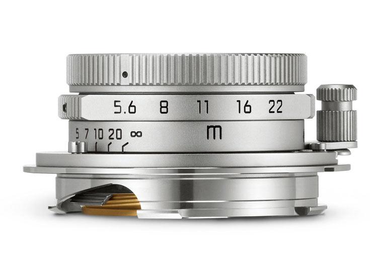 К достоинствам объектива Leica Summaron-M 28 mm f/5.6 относятся небольшие размеры и масса
