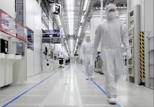 По оценке TrendForce, доля TSMC на рынке полупроводникового производства в этом квартале составит 48,1%