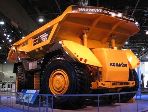 Komatsu представила беспилотный самосвал массой 416 тонн