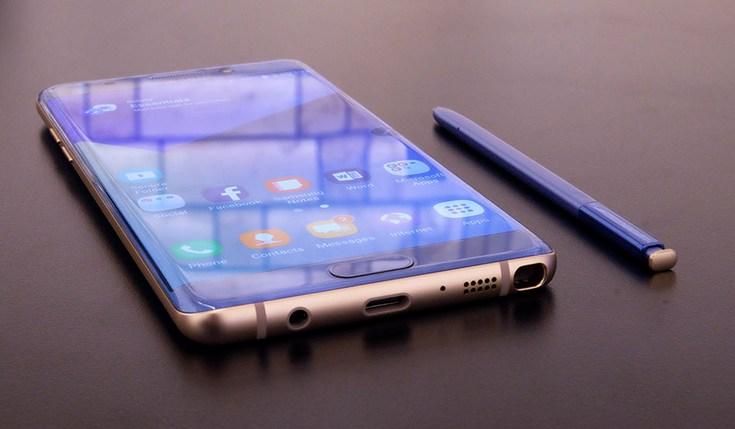Росстандарт попросил Самсунг пояснить взрывы батарей уGalaxy Note 7