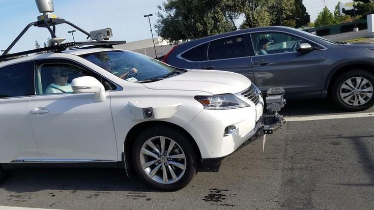 Apple вывел надороги Калифорнии беспилотные автомобили набазе Лексус