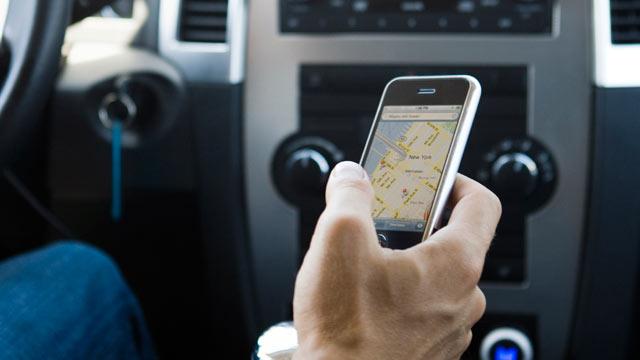 Водители растрачивают 88% поездок нателефоны— Исследование