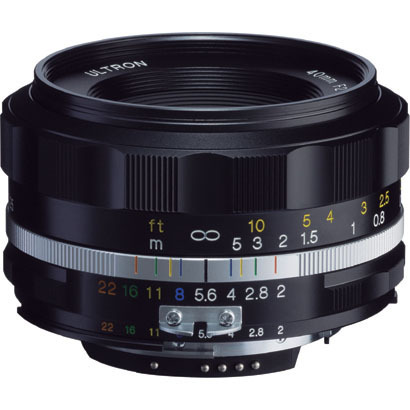 Цена объектива Voigtlander Ultron 40mm F2 SL IIS Aspherical примерно равна $545