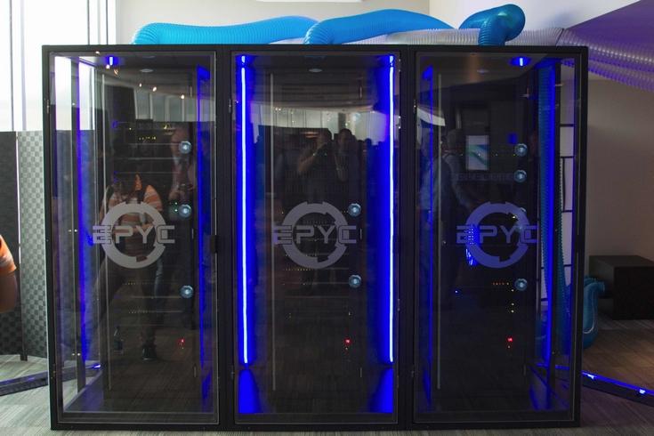 AMD Project 47 — серверная стойка с процессорами Epyc 7601 и