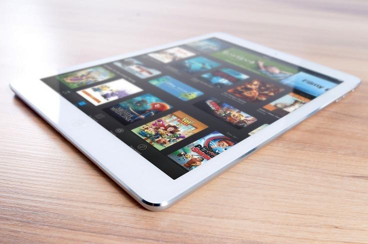 Продажи iPhone практически нерастут, продажи iPad неожиданно увеличились — денежный отчет Apple