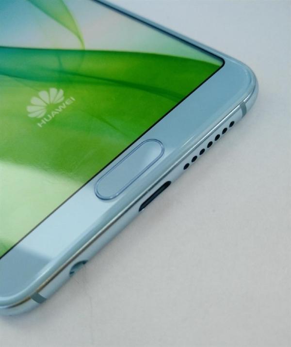 Размещены  качественные фотографии телефона  Huawei Nova 2s