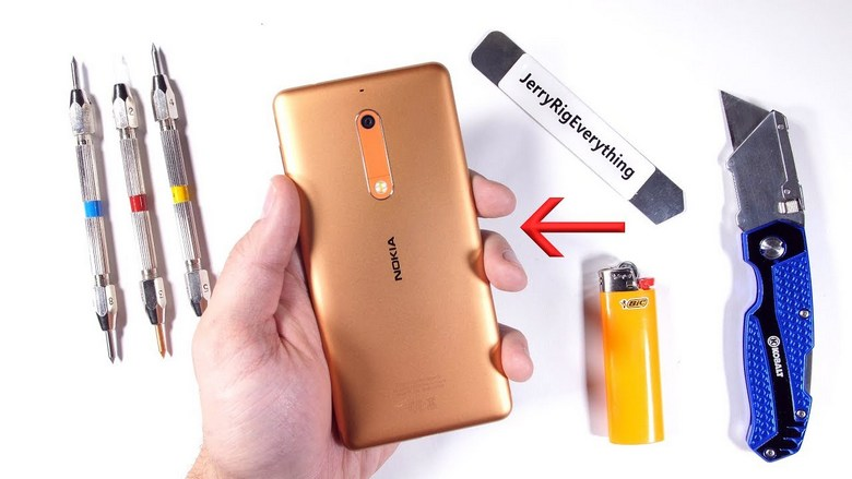 Нокиа возрождает мобильные телефоны E-серии сновой ОС
