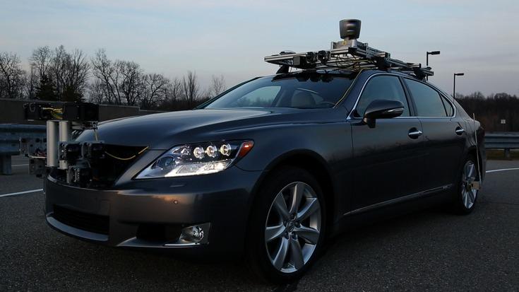 General Motors и Toyota просят правительство США увеличить лимит по количеству беспилотных машин на дорогах страны