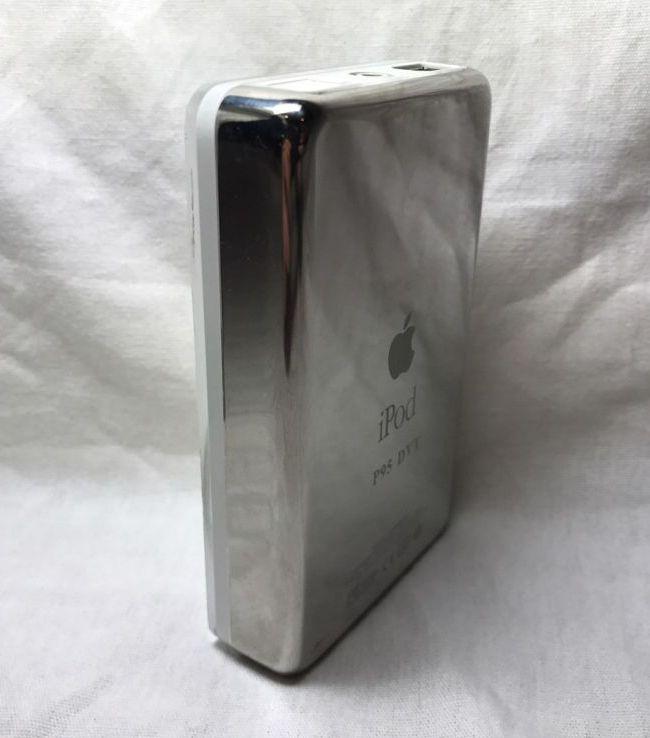 Прототип iPod 2002 года выставлен на eBay почти за $100 тыс.