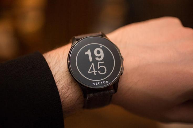 Fitbit покупает ещё одного производителя умных часов
