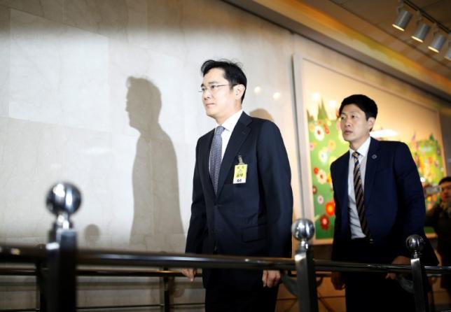 Замглавы Самсунг допросят поделу президента Южной Кореи
