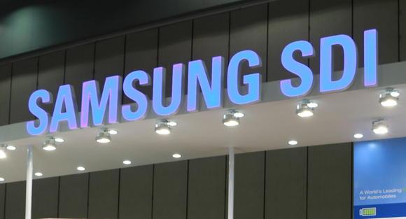 Самсунг выпустит Galaxy Note 8 уже в2015г.