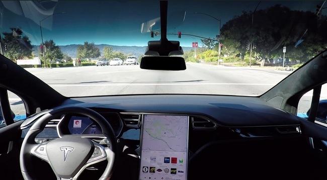 Электромобили Tesla будут выходить каждый год без возможности модернизации