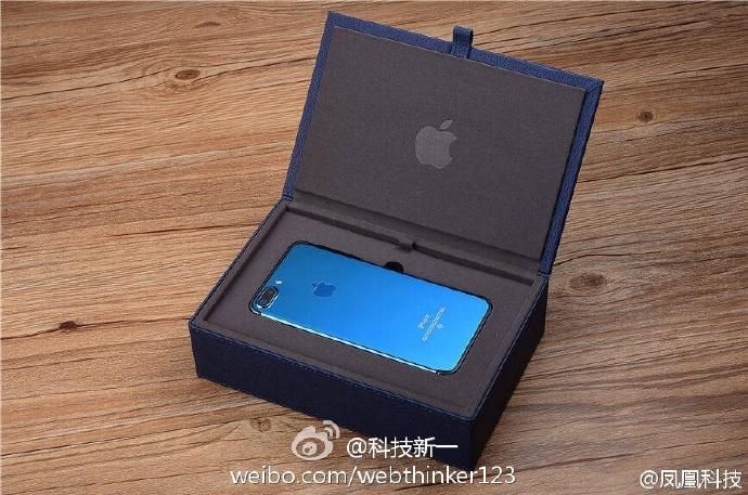 Размещены изображения телефона iPhone 7 вцвете Blue Shade