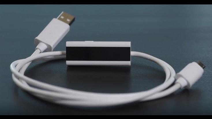 Кабель Prufen с дисплеем OLED следит за температурой разъемов USB