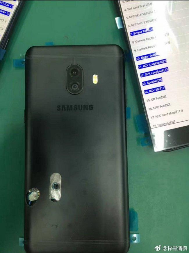 Смартфон Samsung Galaxy C10 со сдвоенной камерой предстал на живых фото