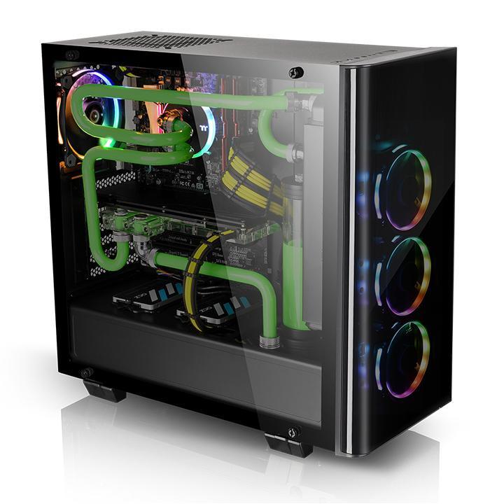 Корпус View 21 Tempered Glass Edition рассчитан на платы типоразмера ATX