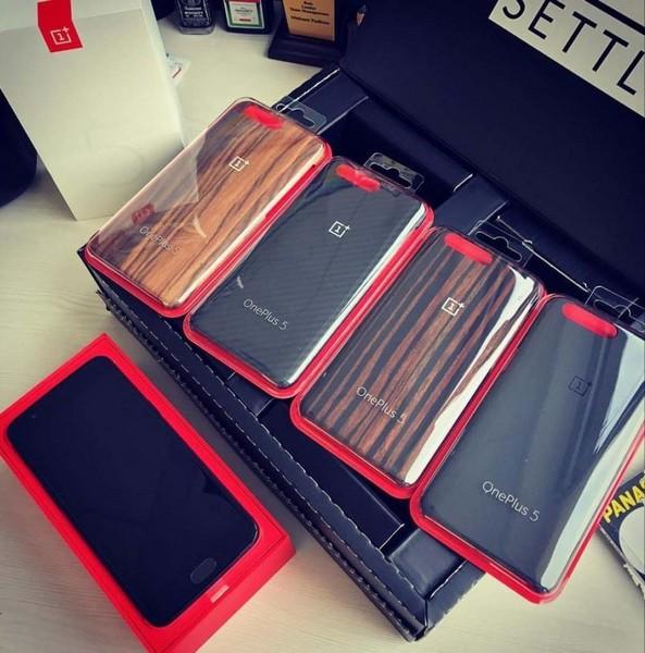 OnePlus 5 запечатлели на видео