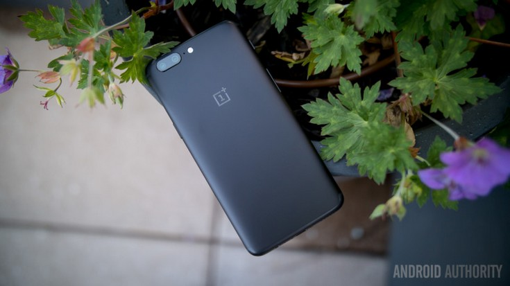 OnePlus официально представила новый флагманский смартфон OnePlus 5