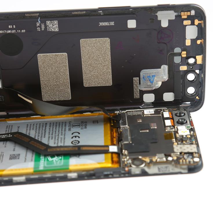 Аналитики DRAMeXchange ожидают, что в этом квартале мобильная память DRAM продолжит дорожать