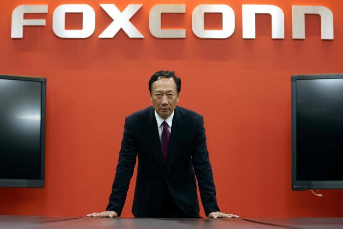 Foxconn удалось заручиться поддержкой Apple и Dell на торгах за полупроводниковое производство Toshiba