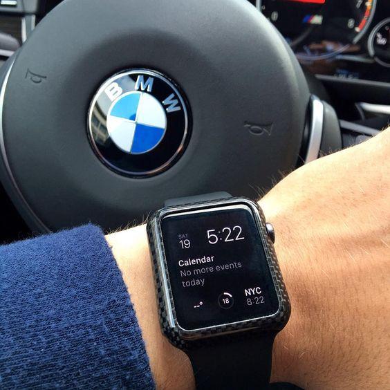Apple может научить свои умные часы определять, когда пользователь находится за рулём авто, и ограничивать их активность в это время