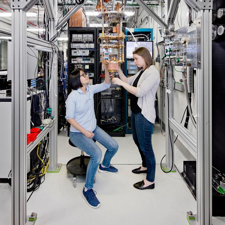 IBM анонсировала коммерческую услугу квантовых вычислений