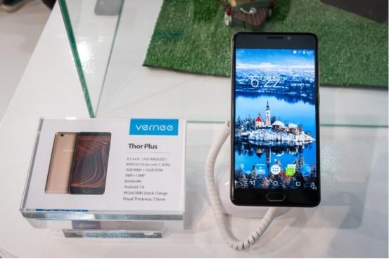 Смартфон Vernee Thor Plus получил аккумулятор емкостью 6050 мА•ч