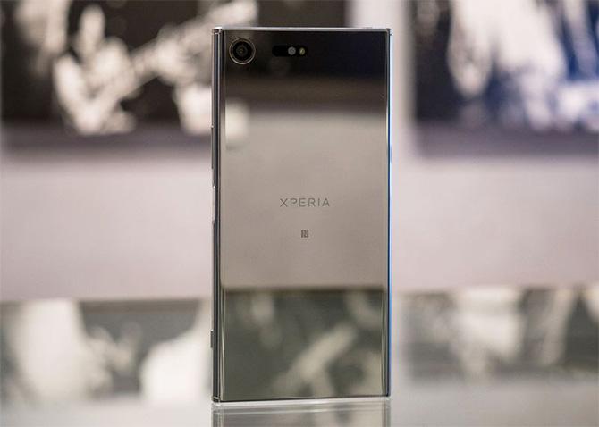 Купить Sony Xperia XZ Premium можно будет в начале мая