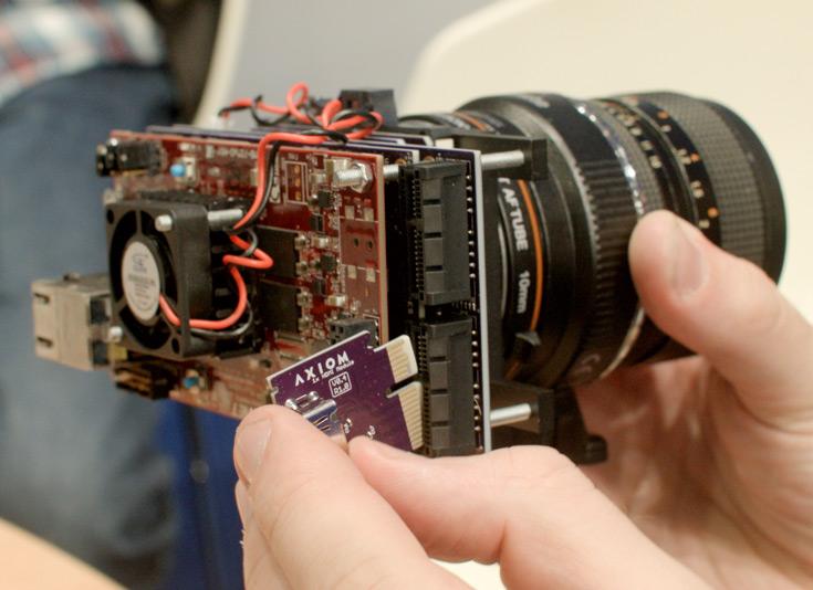 В камере Axiom может быть установлен датчик одного из трех форматов