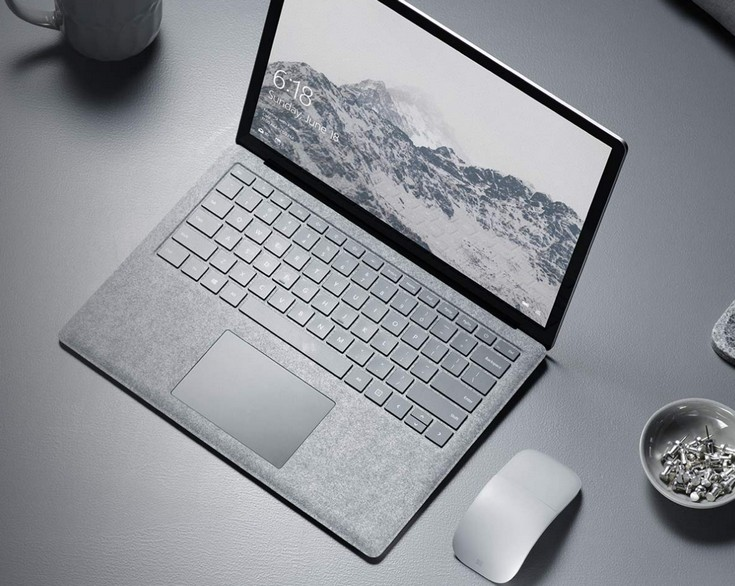 Microsoft представила новый ноутбук испециальную версиюОС