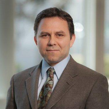 Вице-президент отдела проектирования компании Qualcomm перешёл работать в Apple