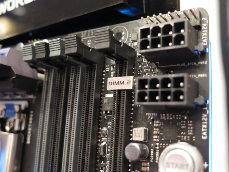 На плате Asus ROG X399 Zenith Extreme есть восемь слотов DIMM и один слот DIMM.2