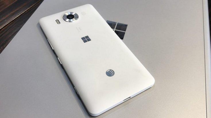 Microsoft может вернуться на потребительский рынок смартфонов с новой версией Windows 10 Mobile