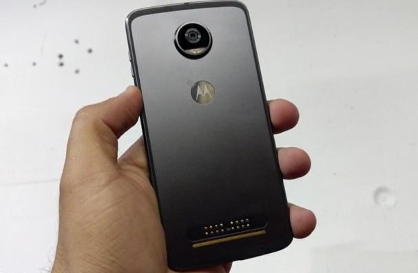 Lenovo намеревается конкурировать с лидерами премиального рынка смартфонов