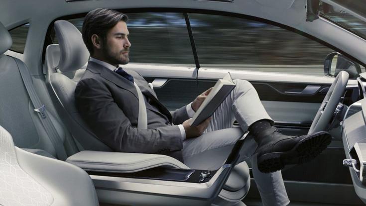 Закон также обязывает оборудовать самоуправляемые автомобили черными ящиками