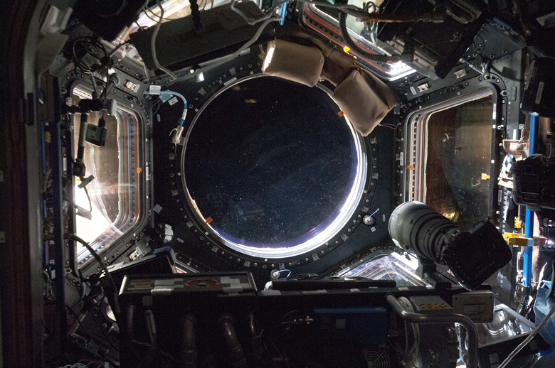 Сотрудничество NASA и Nikon началось в 1971 году