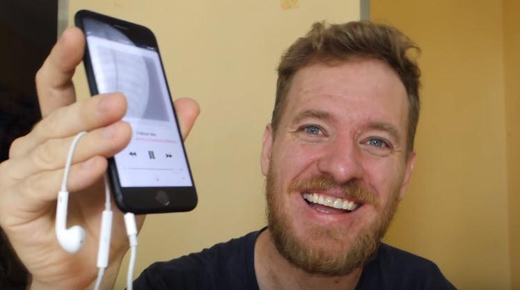 Человек, который сам собрал iPhone 6s, добавил в iPhone 7 полностью рабочий разъем 3,5 мм
