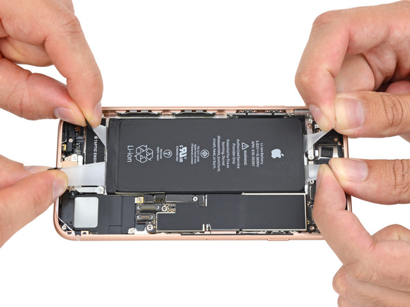 Стоимость акций Apple упала занеделю неменее чем на5%